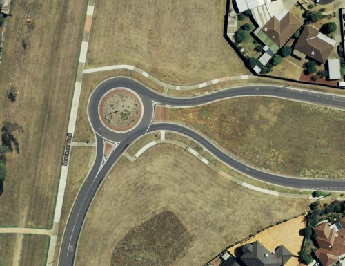 Roundabout to nowhere - Link Road and Wright Street, Sunshine West, Victoria