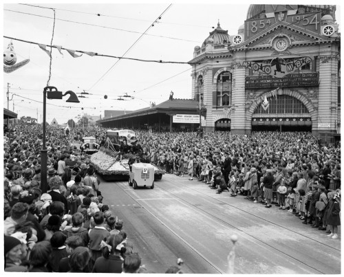 Victorian Railways float in the 1954 Moomba parade