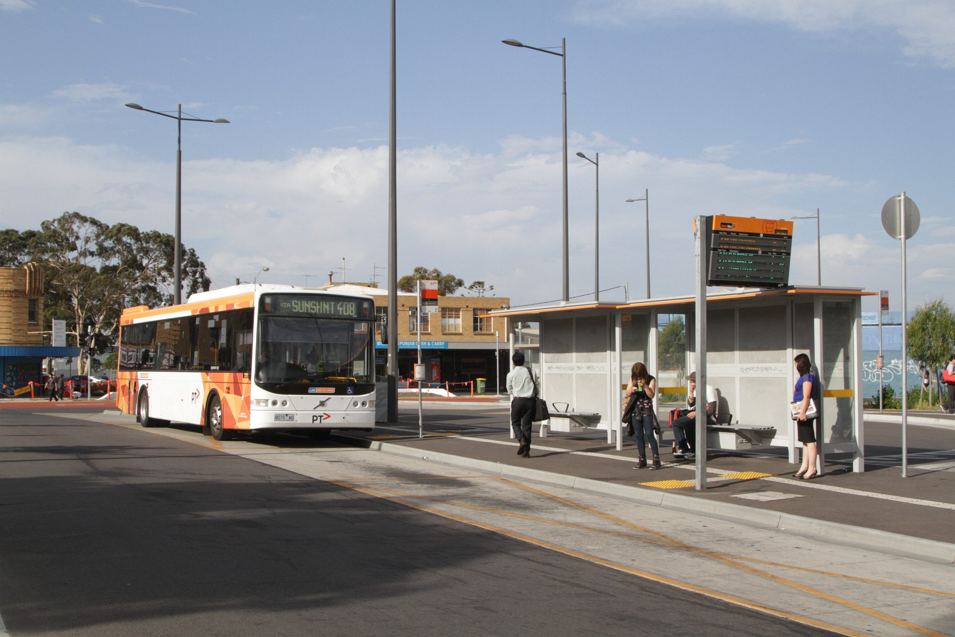 Melbourne's bus stops to nowhere - Waking up in Geelong