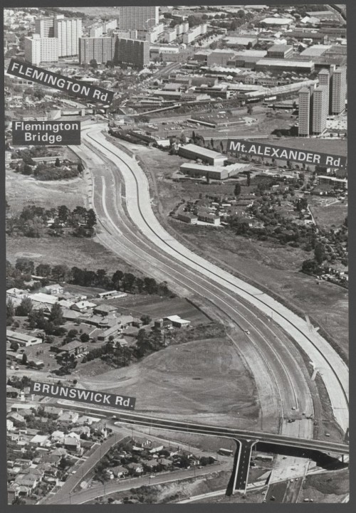 Tullamarine Freeway between the Brunswick Road and Flemington Road interchange - 1969 view (SLV Accession: H2004.101/287)