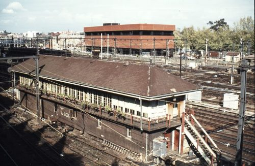 Flinders Street C signal box with Metrol in background, 27 September 1981 (photo by Weston Langford)